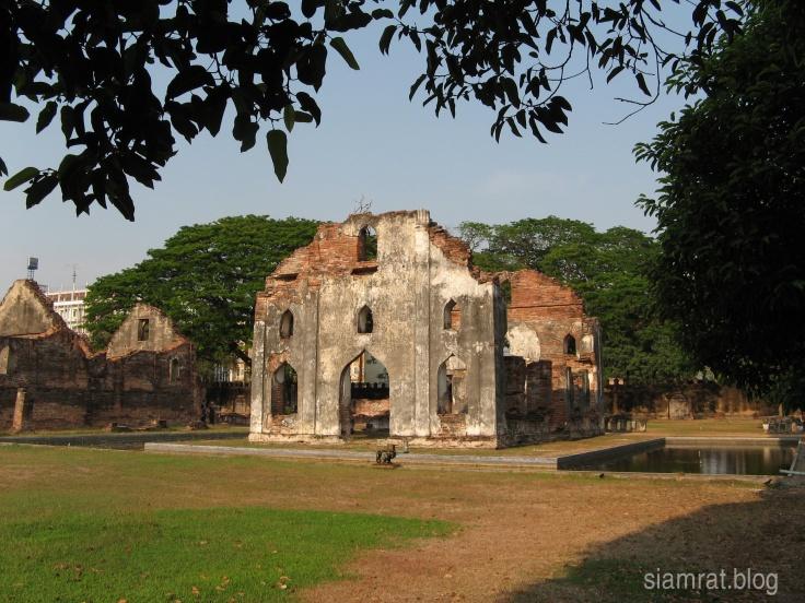 1091 King Narai Palace