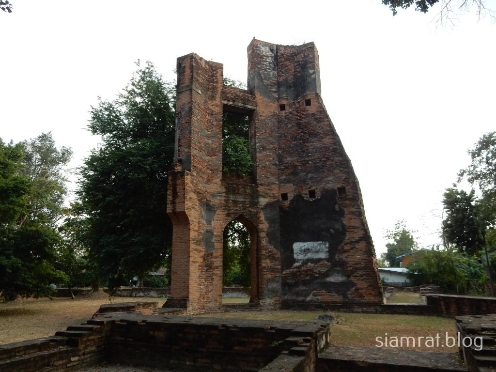 ruins of Wat San Paulo
