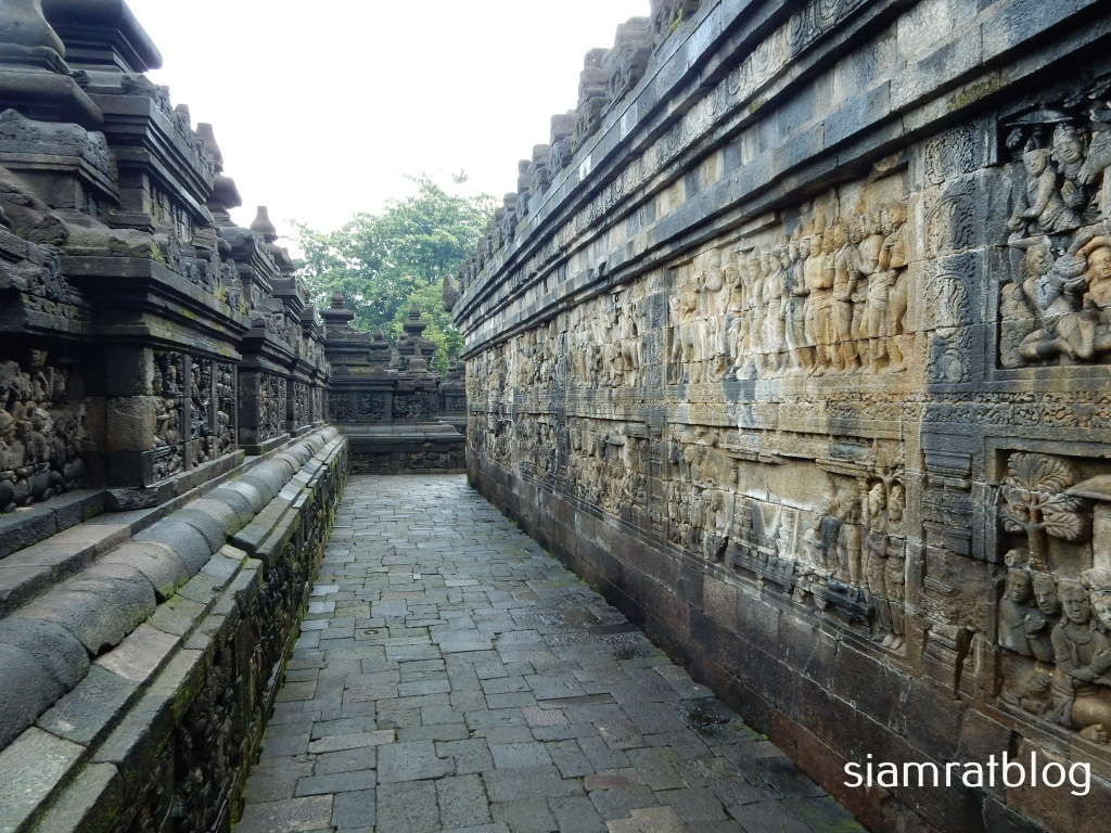 gallery of borobudur