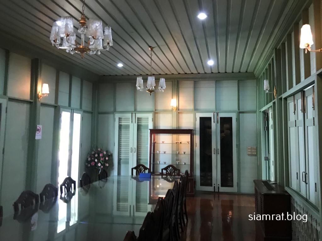 room inside wooden house